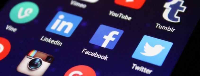 Protecting Yourself Online: Divorce & Social Media